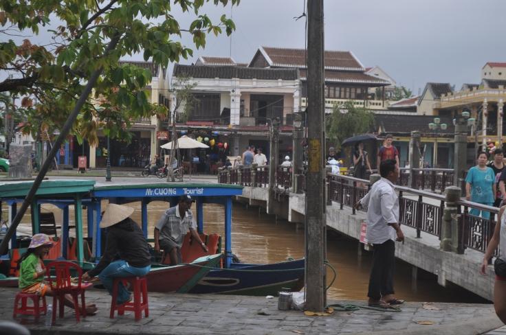 Hanoi 2 422